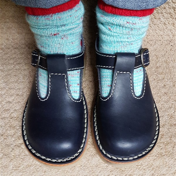 leftfootdaisy-new-shoes-duck-feet-navy