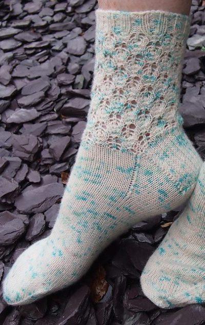 leftfootdaisy-lavender-buds-socks