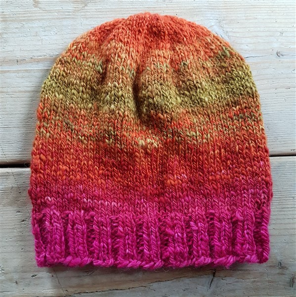 leftfootdaisy-handspun-yarn-knitted-into-hat