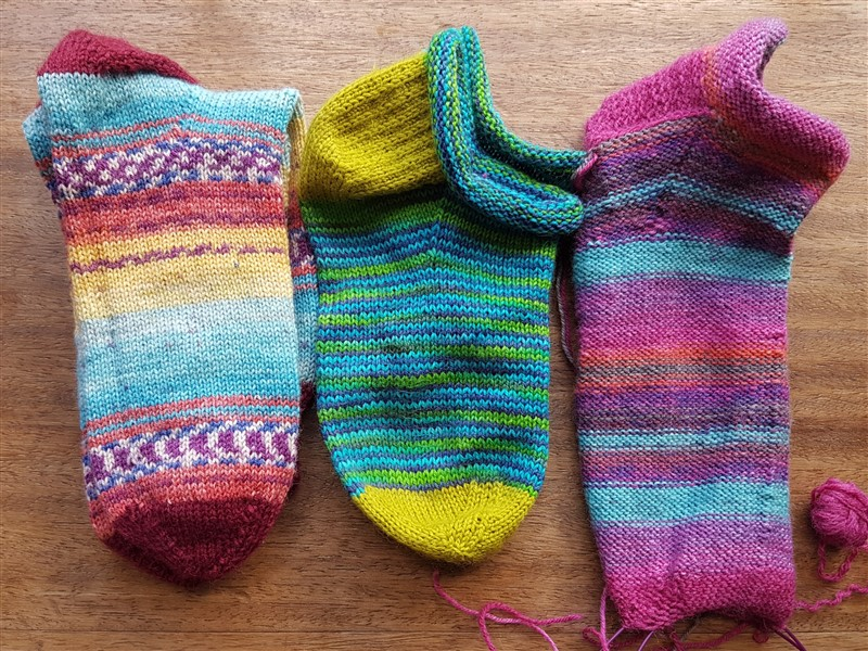 eftfootdaisy-all-about-the-socks-featured-image (800 x 600)
