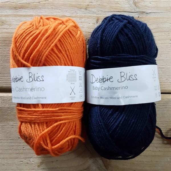 Sunshine-and-sprinkles-kal-kicks-off-navy-orange-yarn-combo