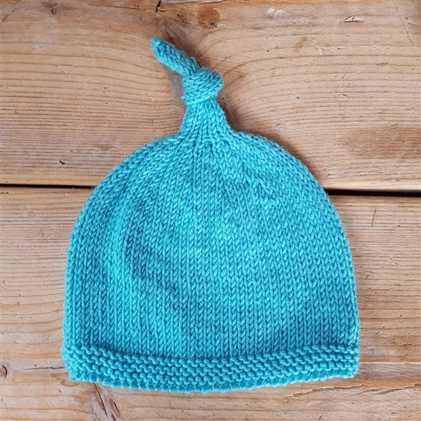 leftfootdaisy-knitting-for-little-people-hat