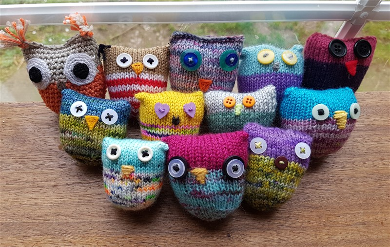 leftfootdaisy-wise-old-knitted-owls-a-parliment-of-owl-puffs-featured-image