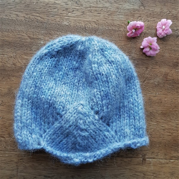 leftfootdaisy-too-many-baby-hats-blue-milan