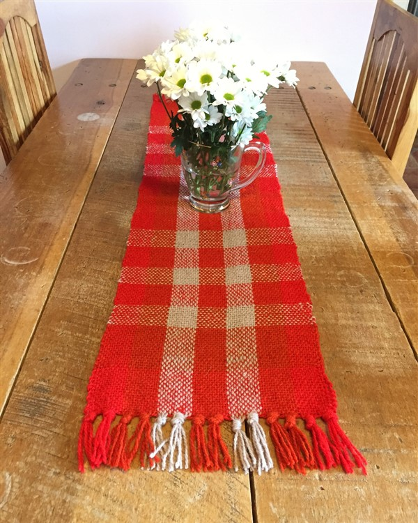 leftfootdaisy-colour-exploration-tapestry-weaving-first-rigid-heddle-project (600 x 750)