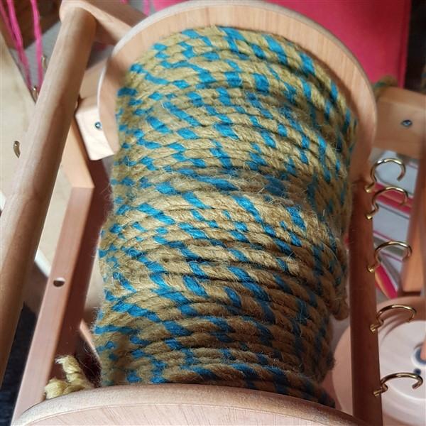 leftfootdaisy-restless-fibre-crafter-bobbin