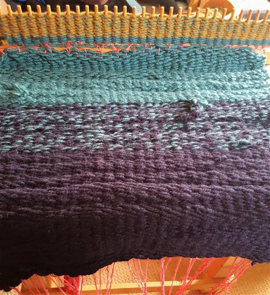 leftfootdaisy-restless-fibre-crafter-pegloom-weaving-rug